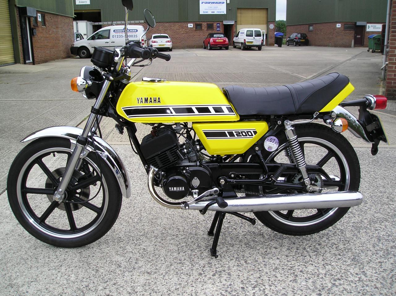 Yamaha Rd Club